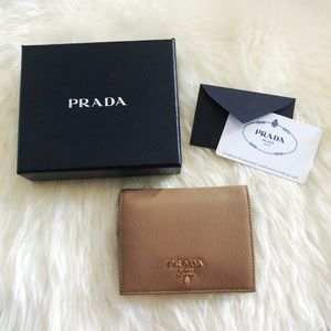 PRADA Vitello Bifold Wallet in Caramel